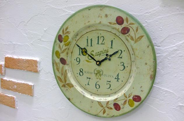 ラッセルズ レトロクロック/オリーブ 掛け時計