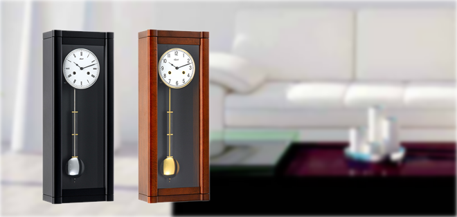イタリア・ピロンディー二社のオリジナル木製インテリア掛け時計。